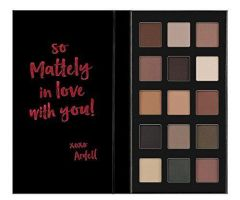 Ardell Beauty Pro Eye Shadow Pallette 15 Shades Lights Shimmer Action